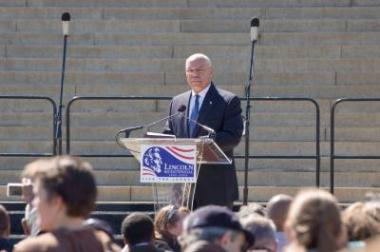General Colin Powell delivered the keynote address at the Tribute Concert and Naturalization Ceremony.