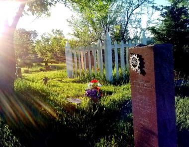 Bingham Hill Cemetery marker.