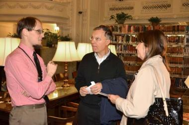 Visitors were able to talk with DAR genealogists and Library staff about research at the DAR.