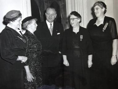 Mrs. Brown, Mrs. Louise Anderson, NHSODAR State Regent (1947-1950) and Vice President General (1950-1953), Senator Styles Bridges, Mrs. Esther Lange, NHSODAR State Regent (1956-1959), Historian General (1965-1968), Vice President General (1959-1962) and Mrs. Mabel Cutting, NHSODAR State Regent (1953-1956) in Washington, D.C.