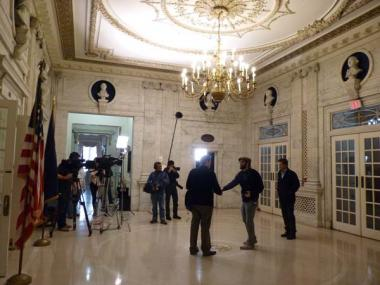 Although not used as a daily public entrance anymore, scenes were filmed in the original grand entrance of Memorial Continental Hall, as Rob Lowe enters the DAR Library.