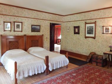 Grant Recipient, Historic Preservation Category: Glessner House Museum, Chicago, Ill. The original 1892 wallpaper, Double Bough, in the Glessner House guestroom is the same wallpaper design used when the room was re-wallpapered in 1916. The 2015 recreation of the wallpaper employed the same 1892 technique: 22 original hand carved fruitwood blocks to print the elaborate design. The Glessner House Museum, within Chicago's Prairie Avenue Historic District, was designed by H.H. Richardson, considered one of the